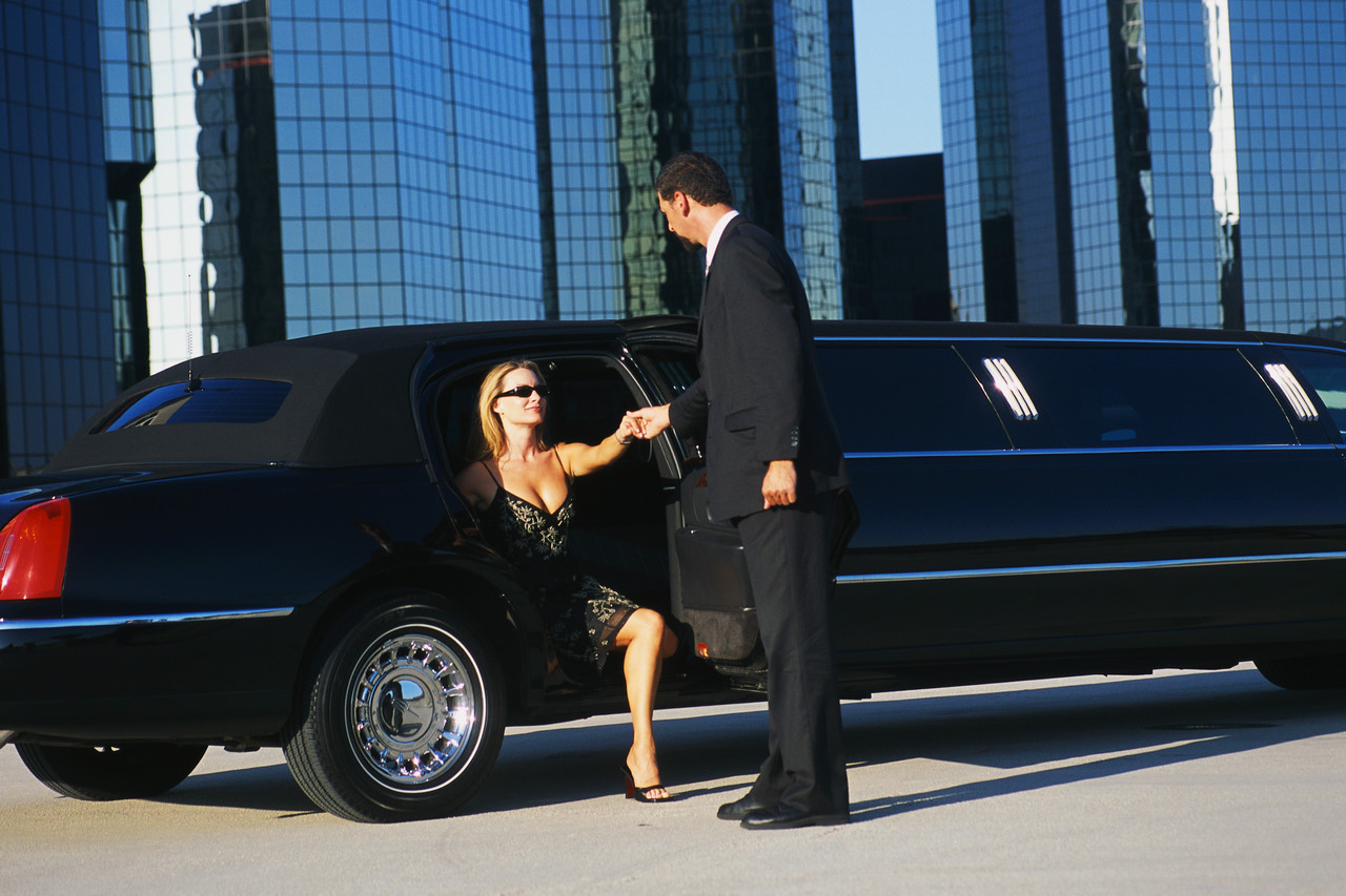 Limousine Rentals Help You Realize Your Dream Of Traveling